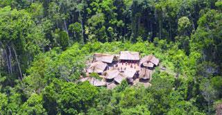مساكن قوم اليانومامي