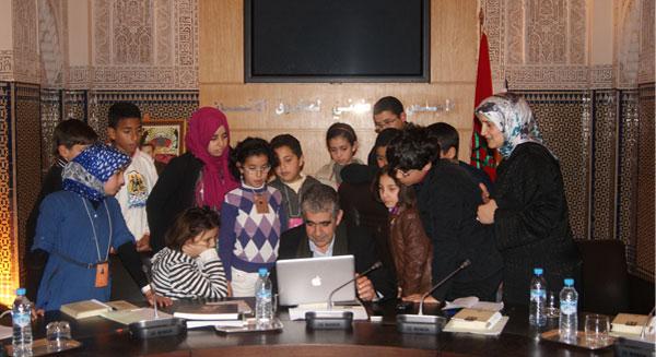 رئيس المجلس الوطني لحقوق الإنسان يستقبل مجلة الفطرة