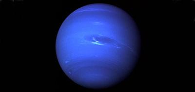 """ناسا"" تكتشف قمرا جديدا يدور حول ""نبتون"""