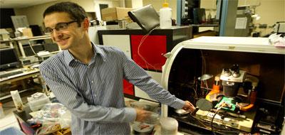 تطوير أول حاسوب من أنابيب كربونية نانونية