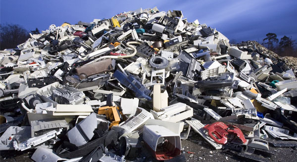 النفايات الإلكترونية تهدد البيئة