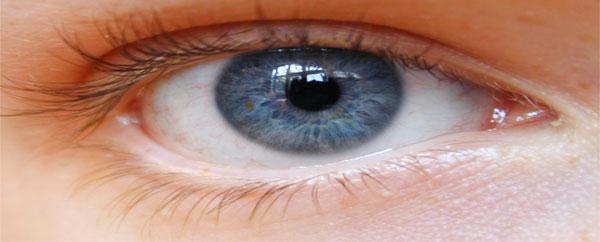 تلوث الهواء يتسبب في جفاف العين
