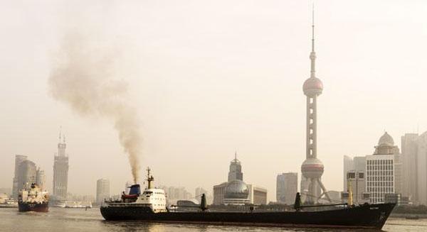 خطة الصين في مكافحة تلوث الماء والهواء