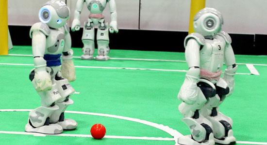 مباراة رياضية دولية بين روبوتات