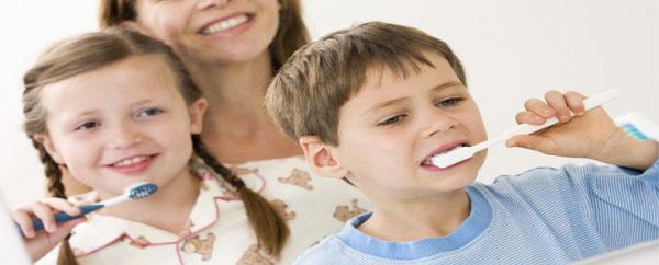 تنظيف الأسنان قد يقي من التهاب المفاصل