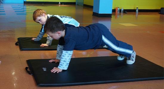 الرياضة مهمة جدا للطفل