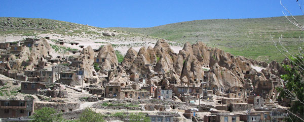 قرية كاندوفان العجيبة