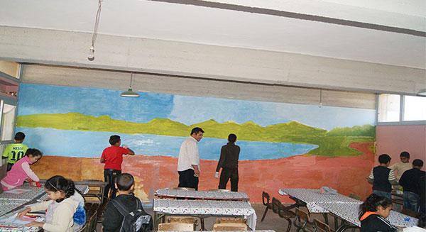 لوحة جدارية كبرى في موضوع لنحافظ على بيئة نظيفة