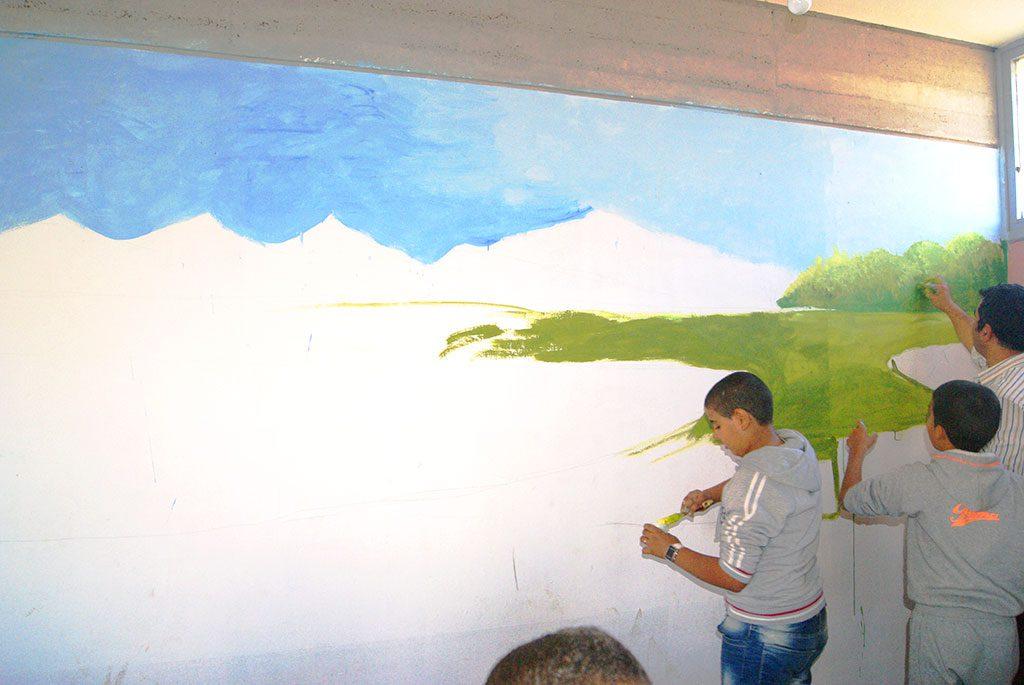 """لوحة جدارية كبرى في موضوع """"لنحافظ على بيئة نظيفة"""""""