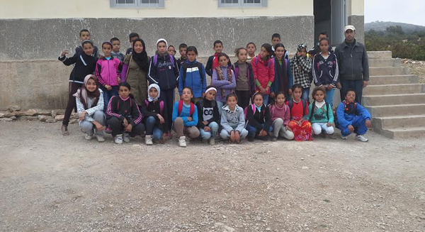 مدرسة القرية وتحدي الصعاب