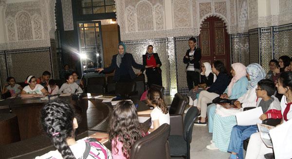 نادي الكتاب في لقاء تربوي حول تفعيل قيم التسامح ونبذ التطرف عبر القصص المصورة