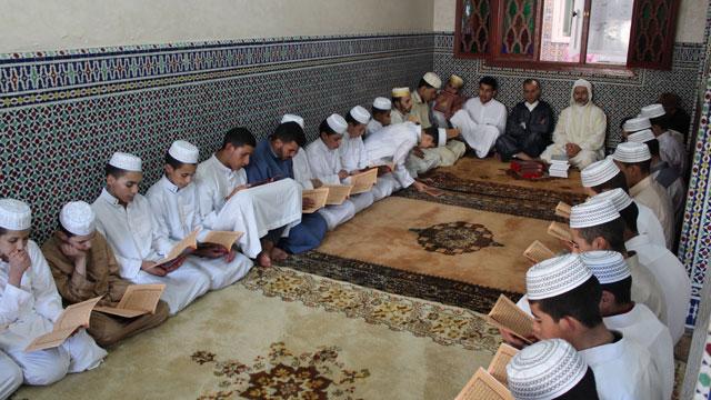 نادي اللوح والقلم بوحدة الفطرة ينظم أمسية قرآنية على شرف طلبة مدرسة إيكضي